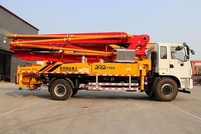 37米东风底盘泵车